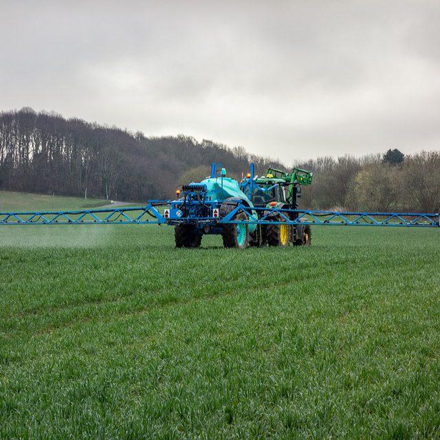 農薬散布の正しい方法と注意点|安全・安心な作物作りを目指して